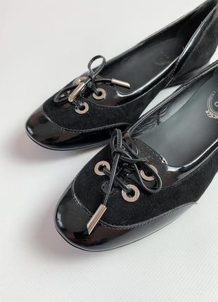 Туфлі tod's