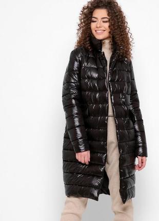 Чорна демісезонна весняна куртка