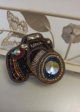 Роскошная брошь фотоаппарат для талантливого, профессионального фотографа