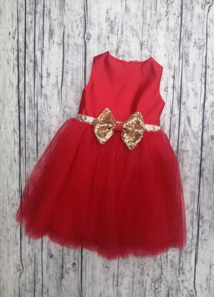 Красивое платье размер 116