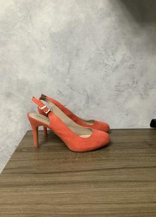 Распродажа! коралловые туфли босоножки размер 35,5