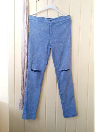 M идеальные зауженные джинсы скинни с дырками на высокой посадке  небесного цвета