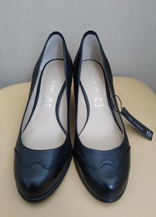 37 p. кожаные классические туфли autograph