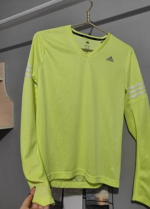 Спортивная кофьа adidas
