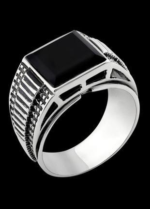 Кольцо серебряное с ониксом