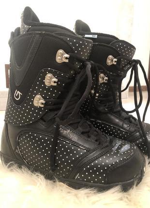 Burton сноубордические ботинки на ногу 24 см