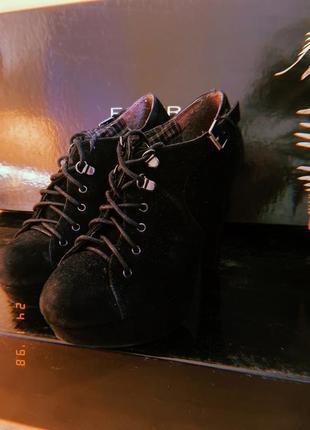 Туфли на высоком каблуке замшевые со шнуровкой, закрытые туфли, ботильоны
