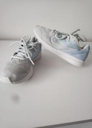 Кроссовки nike размер 35
