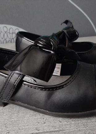 Детские туфли туфельки с бантом от george 28 размер
