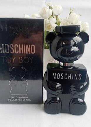 Moschino toy boy парфюмированная вода москино для мужчин