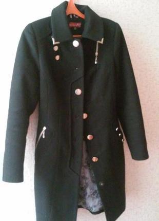 Женское суконное пальто
