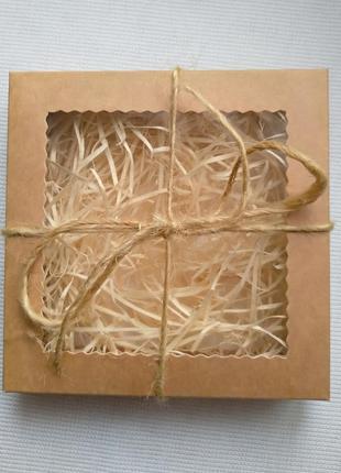 Подарункова крафт коробка з вікном з наповнювачем, подарочная коробка крафт с наполнителем