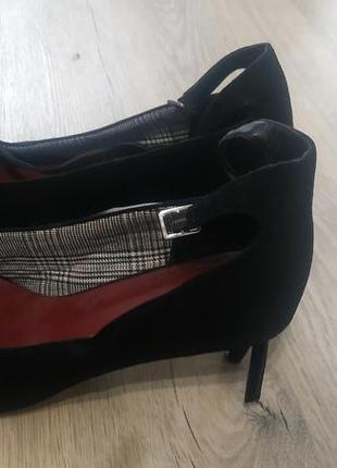 Туфлі 42
