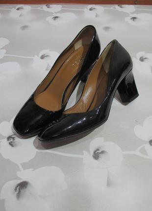 Туфли на каблучке/блочный каблук