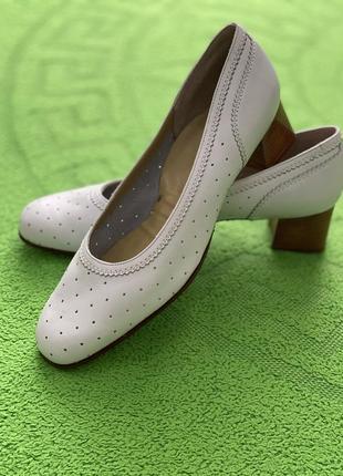 Винтажные туфли bally