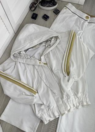 Белый повседневный спортивный костюм италия 42 gizia премиум