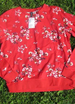 Красный свитшот в цветы h&m