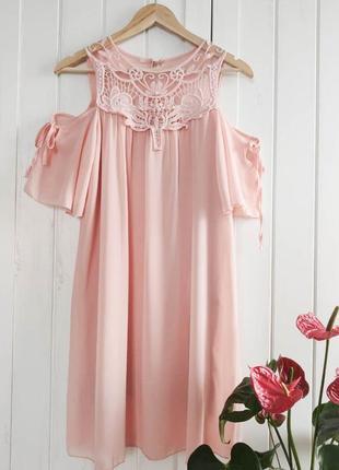 Нежно-розовое платье италия, размер м-l