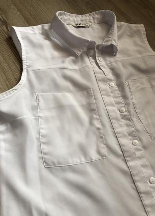 Блуза без рукава