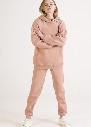 Спортивный костюм цвета пудры  пудровый костюм бренда colo