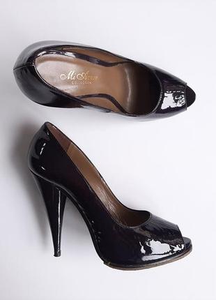 Туфлі чорні лакові класичні mi amor