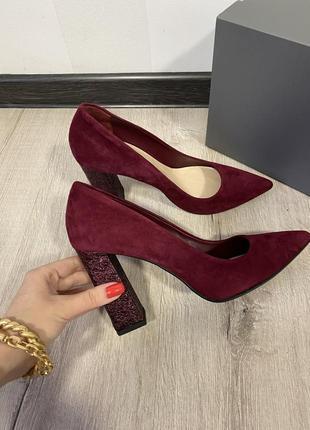 Бордовые туфли giardini