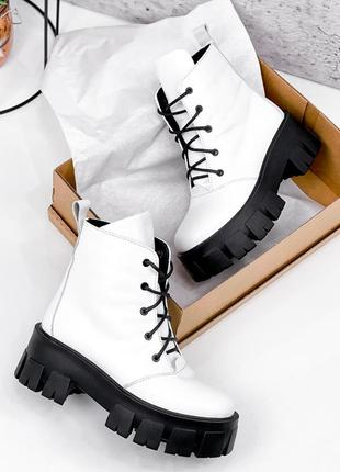 Ботинки деми кожаные dilys белые