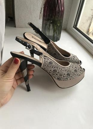 Туфли женские. туфли на выпускной. босоножки