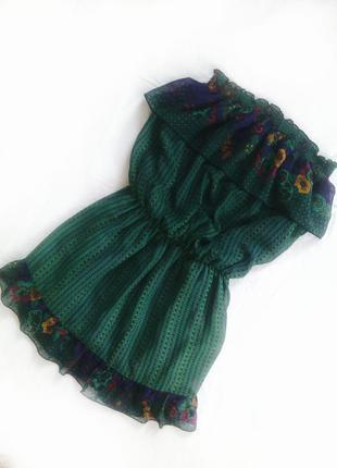 Легкое воздушное платье темно-зеленого цвета terranova