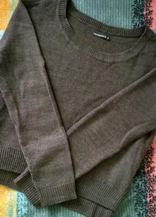 Тёплый укороченный свитер terranova свитшот