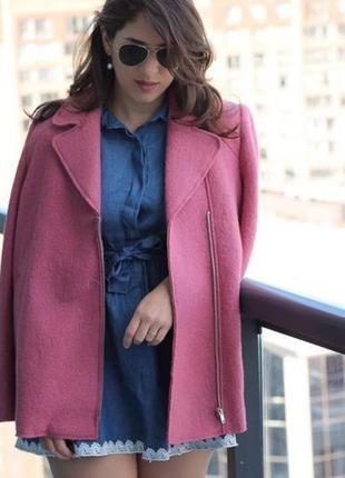 Стильное шерстяное пальто zara