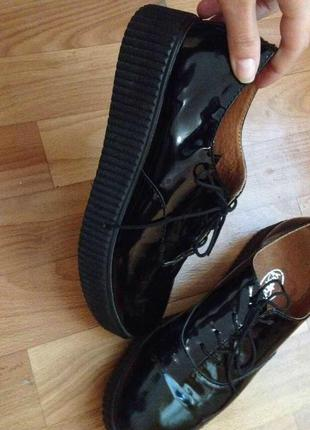 Ботинки на шнуровке, на платформе, лаковые, кожа натуральная