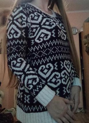 Теплый свитер кофта в принт