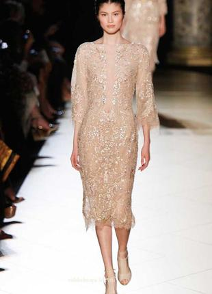 Вечернее блестящее бежевое платье с пайетками от бренда zara
