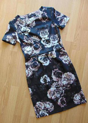 Поделиться:  платье футляр в цветочный принт от dorothy perkins