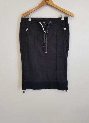 Стильная черная юбка moncler