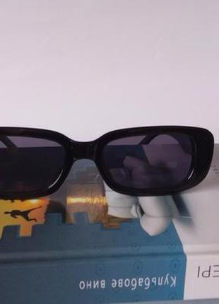 Модные солнцезащитные очки черные узкие ретро очки 70036 фото