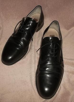 Кожаные туфли стелька 33,5 см.
