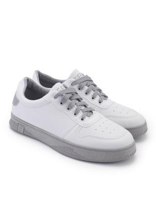 Стильные белые серые кроссовки кеды криперы на толстой подошве
