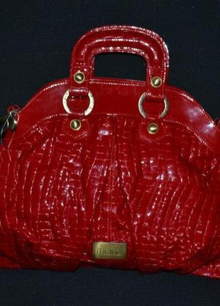 Лаковая кожаная сумка mona