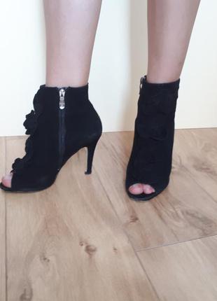 Неординарные ботиночки с вау-эффектом