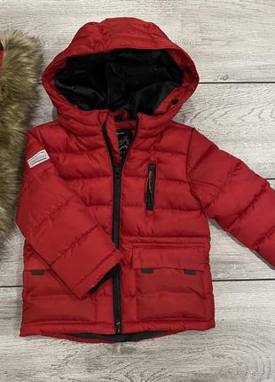 Куртка reserved красная