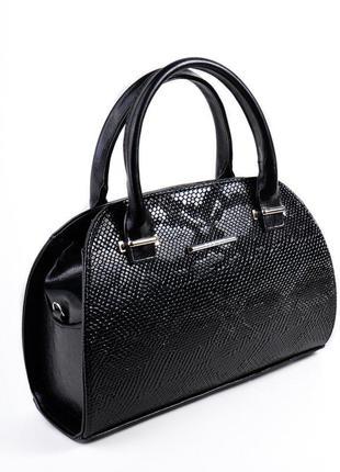 Женская сумочка саквояж черная под кожу питона