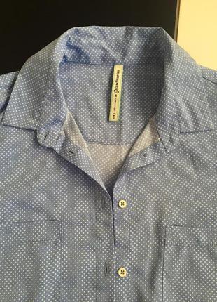 Рубашка в мелкий горошек