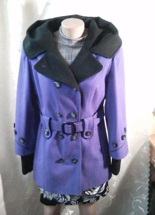 Пальто полупальто с капюшоном