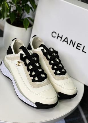 Женские кроссовки chanel white