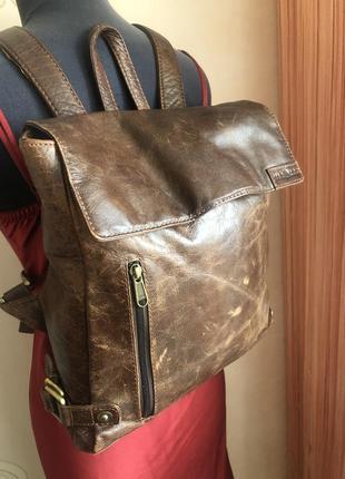 Добротный кожаный рюкзак, натуральная кожа состаренная, сумка