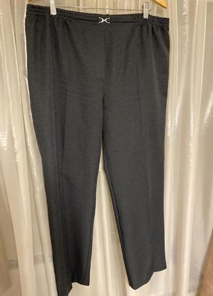 Женские брюки большого размер
