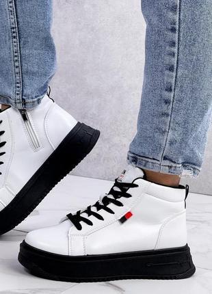 Крутые кроссовки, хайтопы,молодежные, женские, демисезонные, белые
