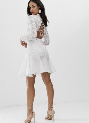 Платье мини с вышивкой и шнуровкой asos